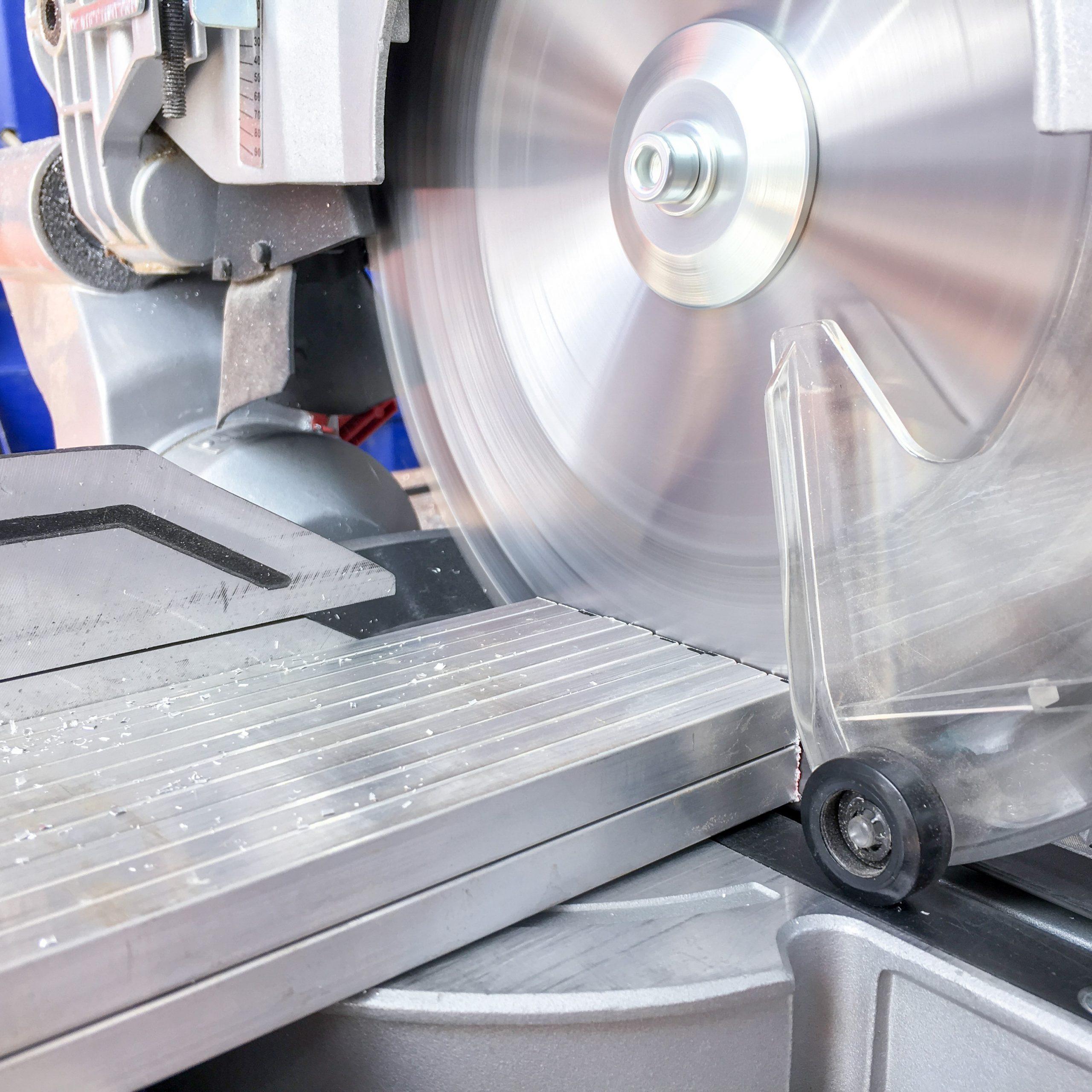 Extraction lors de la découpe d'aluminium